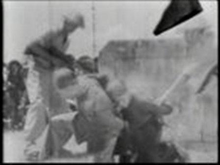 Súc V��t Hồ Chi Minh tắm máu dân Việt trong Cải Cách Ruộng Đất